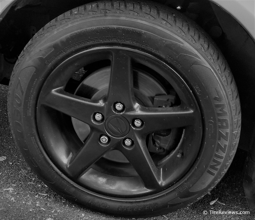 Mazzini ECO307 tire on an Acura sedan